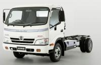 Hino to launch automatic transmission hybrid