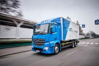 Mercedes-Benz sends 10 electric trucks eActros to 24-month road tests